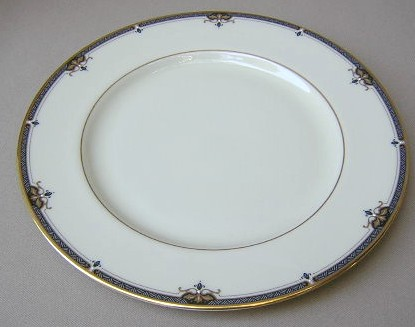 Make sure your browser can show photos and reload this page to see Lenox China Potomac Dinner plate 10 1/2