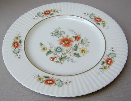 Make sure your browser can show photos and reload this page to see Lenox China Temple Blossom Dinner plate 10 7/8