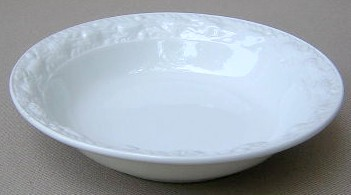 Make sure your browser can show photos and reload this page to see Adams China Della Robia - White Fruit/dessert bowl 5 3/8