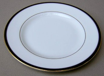 Make sure your browser can show photos and reload this page to see Minton China Saturn - Black Bread and butter plate 6 1/2