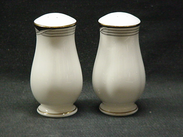 Make sure your browser can show photos and reload this page to see Lenox China Erica Salt and Pepper set