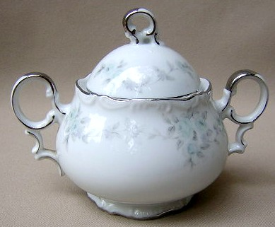 Make sure your browser can show photos and reload this page to see Mikasa China Barbizon H9089/92 Sugar bowl with lid