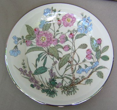 Make sure your browser can show photos and reload this page to see Gorham China Fairmeadows Dinner plate 10 1/2