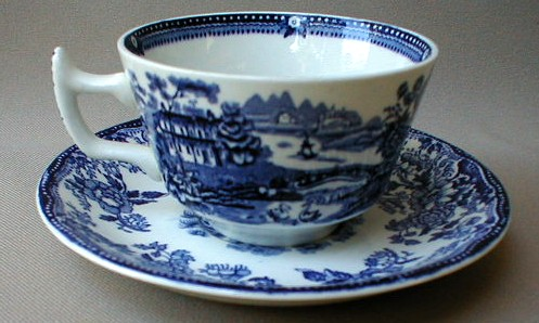 Make sure your browser can show photos and reload this page to see Meakin, Alfred Dinnerware Tonquin - Blue Cup and saucer set 2 1/4