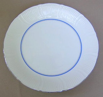 Make sure your browser can show photos and reload this page to see Mikasa China Venetian Blue M6011 Dinner plate 10 3/8