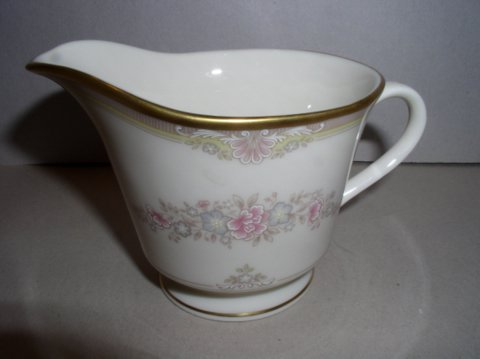 Make sure your browser can show photos and reload this page to see Lenox China Chesapeake  Creamer