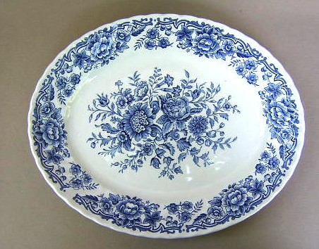 Make sure your browser can show photos and reload this page to see Ridgway (Ridgway's) Pottery Clifton-Blue & White  Platter, small 12