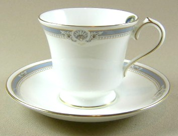 Make sure your browser can show photos and reload this page to see Aynsley & Sons South Pacific-Blue Cup and saucer set 3