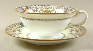 Make sure your browser can show photos and reload this page to see Minton China Shaftesbury B1222 Cup and saucer set tan trim; 2
