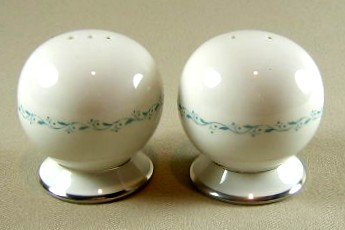 Make sure your browser can show photos and reload this page to see Flintridge China Glendora - Turquoise, Platinum Trim, Rim Salt and Pepper set round ball shape - footed