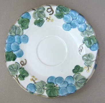 Make sure your browser can show photos and reload this page to see Metlox-Poppytrail-Vernon Pottery Sculptured Grape - Matte Saucer only  6 1/8