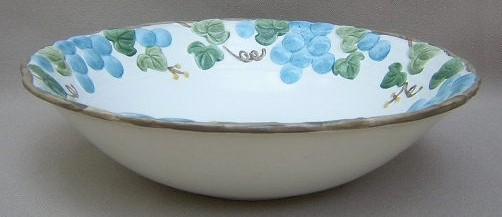 Make sure your browser can show photos and reload this page to see Metlox-Poppytrail-Vernon Pottery Sculptured Grape - Matte Round vegetable  9 1/2