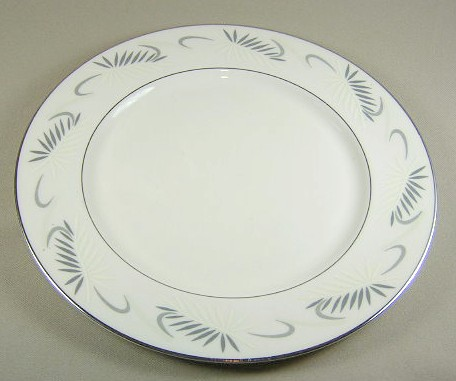 Make sure your browser can show photos and reload this page to see Flintridge China Continental White - Rim Dinner plate 10 3/4