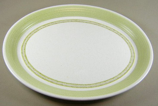 Make sure your browser can show photos and reload this page to see Franciscan China Hacienda - Green  Platter, medium 13 5/8