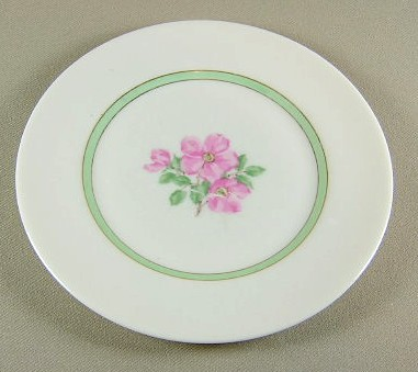 Make sure your browser can show photos and reload this page to see Franciscan China Cherokee Rose Bread and butter plate 6 1/4