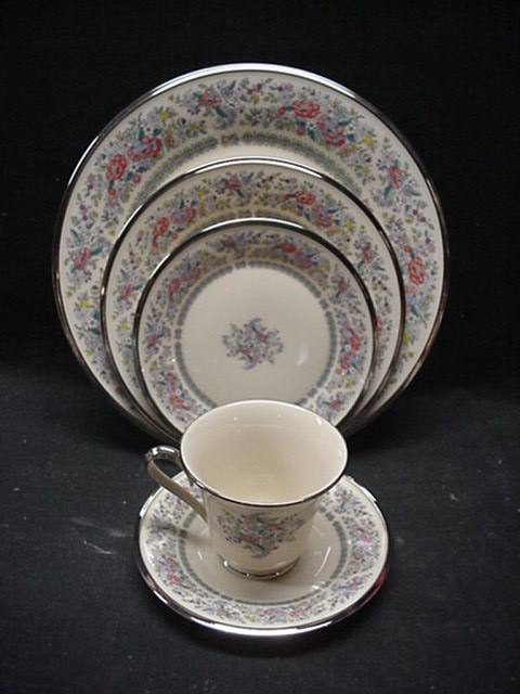 Make sure your browser can show photos and reload this page to see Lenox China Ascot Cup and saucer set  - 3