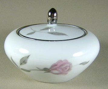 Make sure your browser can show photos and reload this page to see Mikasa China Primrose 8194 Sugar bowl with lid