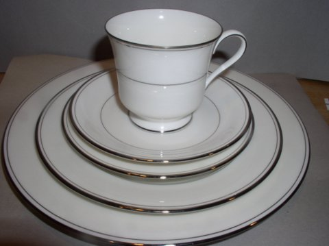 Make sure your browser can show photos and reload this page to see Gorham China Elegance Platinum Place setting 5-piece  --Cup,saucer,dinner,salad,B&B plates