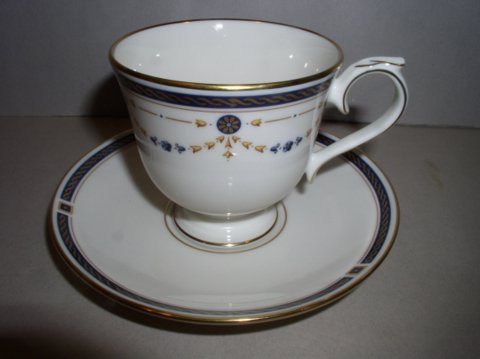 Make sure your browser can show photos and reload this page to see Lenox China Eaton Knoll Cup and saucer set