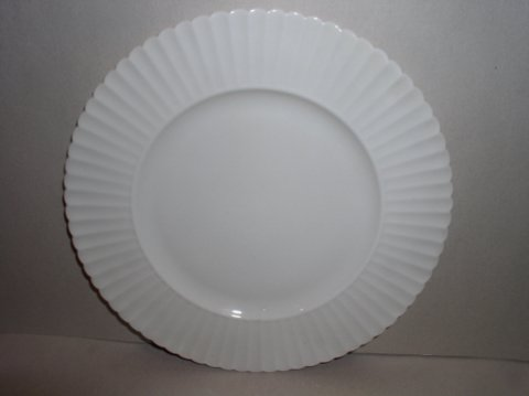 Make sure your browser can show photos and reload this page to see Lenox China Temple Salad plate