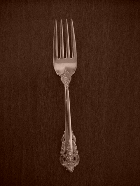 Make sure your browser can show photos and reload this page to see Wallace Silver Grande Baroque 1941 Salad fork  - 6 5/8