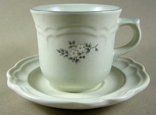 Make sure your browser can show photos and reload this page to see Pfaltzgraff China Heirloom Cup and saucer set 3 1/8