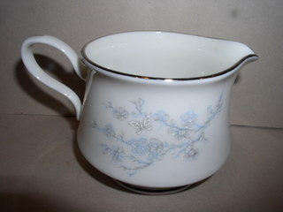 Make sure your browser can show photos and reload this page to see Oxford (Div Of Lenox) China Twilight Dell Creamer