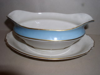 Make sure your browser can show photos and reload this page to see Syracuse China Edmonton Gravy-attached stand