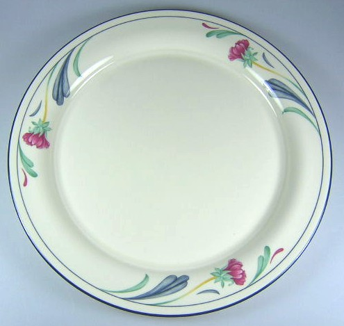 Make sure your browser can show photos and reload this page to see Lenox China Poppies On Blue Dinner plate 10 3/4