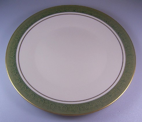 Make sure your browser can show photos and reload this page to see Franciscan China Antique Green  Dinner plate 10 1/2
