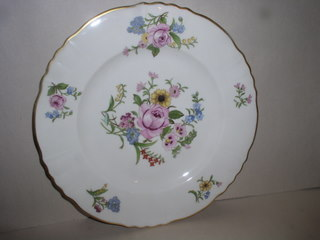 Make sure your browser can show photos and reload this page to see Syracuse China Portland Dinner plate --10