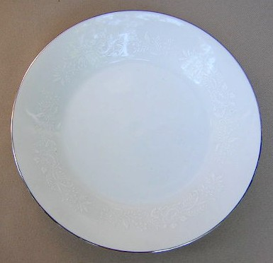 Make sure your browser can show photos and reload this page to see Noritake China Reina 6450q/64 Salad plate 8 1/4