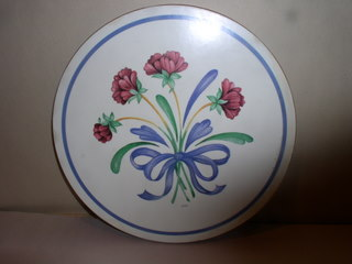 Make sure your browser can show photos and reload this page to see Lenox China Poppies On Blue Trivet --10