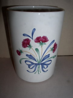 Make sure your browser can show photos and reload this page to see Lenox China Poppies On Blue Utensil Jar --6