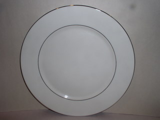 Make sure your browser can show photos and reload this page to see Lenox China Maywood Salad plate --8 1/4