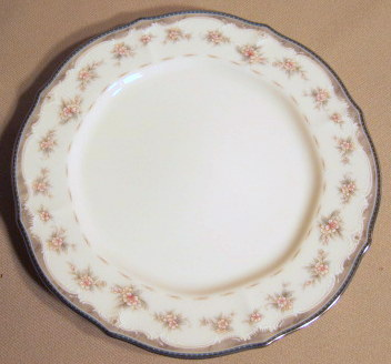 Make sure your browser can show photos and reload this page to see Noritake China Traviata 7327 Bread and butter plate .