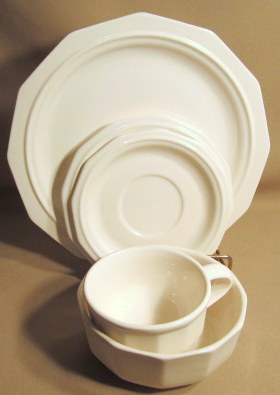 Make sure your browser can show photos and reload this page to see Pfaltzgraff China Heritage - White Place setting 5-piece  dinner, bread, cereal, cup & saucer