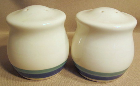 Make sure your browser can show photos and reload this page to see Pfaltzgraff China Northwinds Salt and Pepper set .