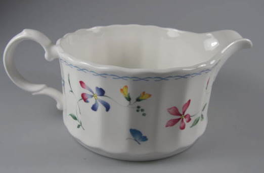 Make sure your browser can show photos and reload this page to see Mikasa China Sorrento CAJ09 Gravy (no stand)