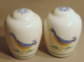 Make sure your browser can show photos and reload this page to see Pfaltzgraff China Sunnydale Salt and Pepper set .