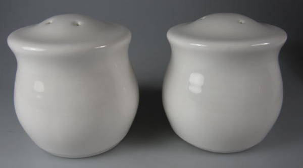 Make sure your browser can show photos and reload this page to see Pfaltzgraff China Simply White Circles Salt and Pepper set