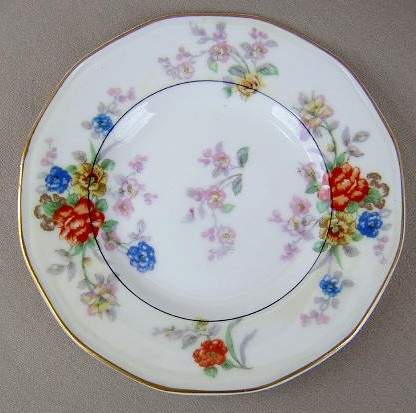Make sure your browser can show photos and reload this page to see Haviland China Jewel Bread and butter plate cream & white 6 3/8