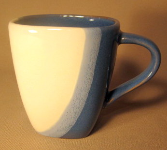 Make sure your browser can show photos and reload this page to see Pfaltzgraff China Blue Ridge Mug (pre owned)