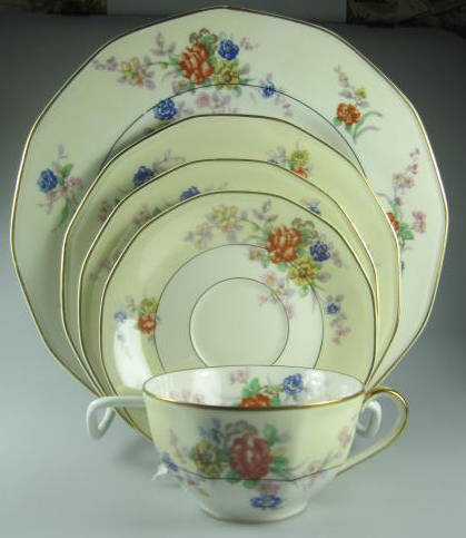 Make sure your browser can show photos and reload this page to see Haviland China Jewel Place setting 5-piece   LOOKS UNUSED (Dinner plate is 9 5/8
