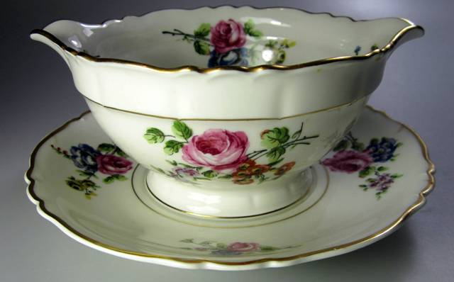 Make sure your browser can show photos and reload this page to see Haviland China Chantilly Gravy-attached stand French