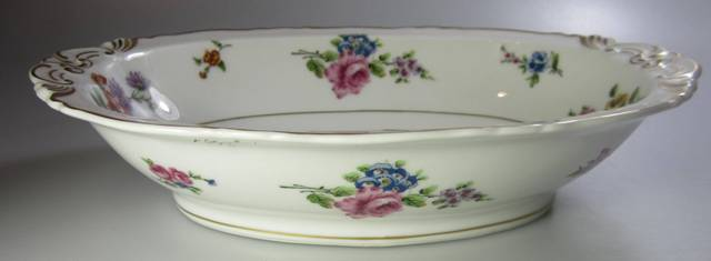 Make sure your browser can show photos and reload this page to see Haviland China Chantilly Oval vegetable French; 10