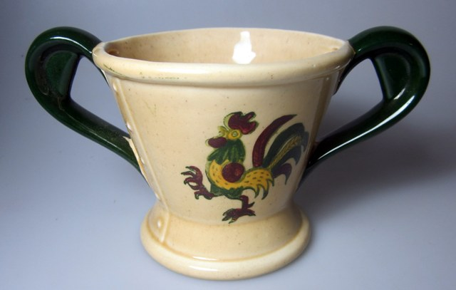 Make sure your browser can show photos and reload this page to see Metlox-Poppytrail-Vernon Pottery California Provincial Sugar bowl (no lid)
