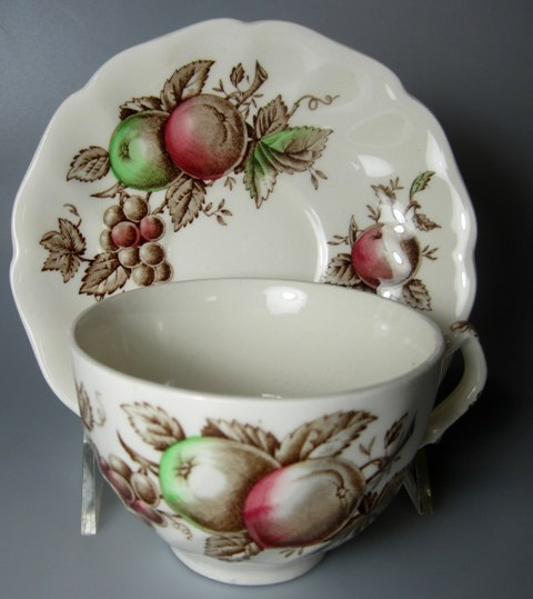 Make sure your browser can show photos and reload this page to see Johnson Brothers Dinnerware  Harvest Time Cup and saucer set 3 5/8