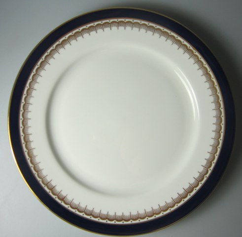 Make sure your browser can show photos and reload this page to see Aynsley & Sons Embassy-Cobalt Blue Dinner plate smooth/pre-owned 10 1/2
