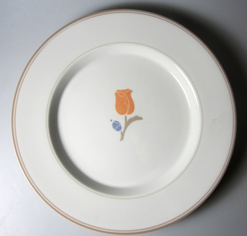 Make sure your browser can show photos and reload this page to see Dansk China La Tulipe - Taupe Salad plate - 9